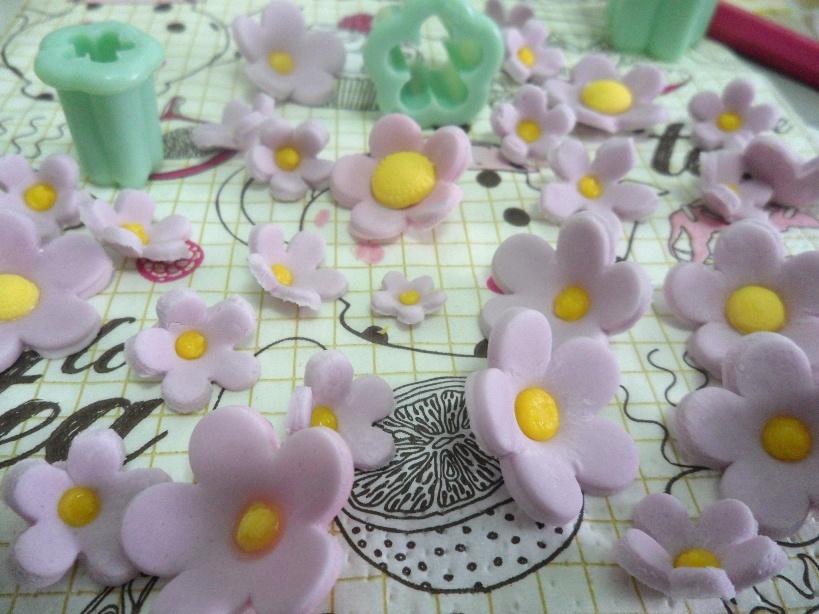 fiori pasta di zucchero semplici 5